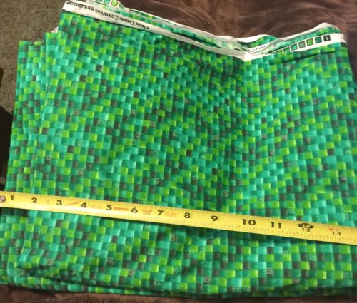 Classic Cottons Fabric 2003 Green Geometric Print 1 Yard by 42