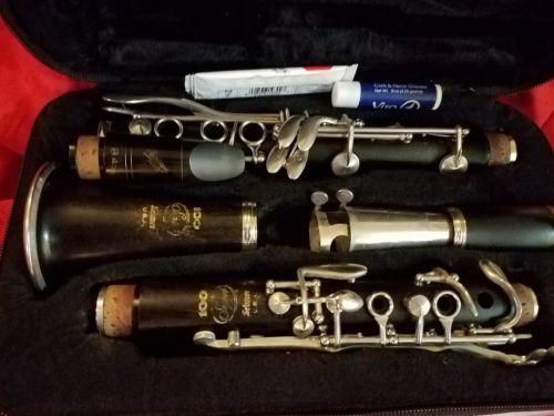 Selmer Signet 100 overhauled  Wood Clarinet w/ Gator Case, vandoren MP nice!