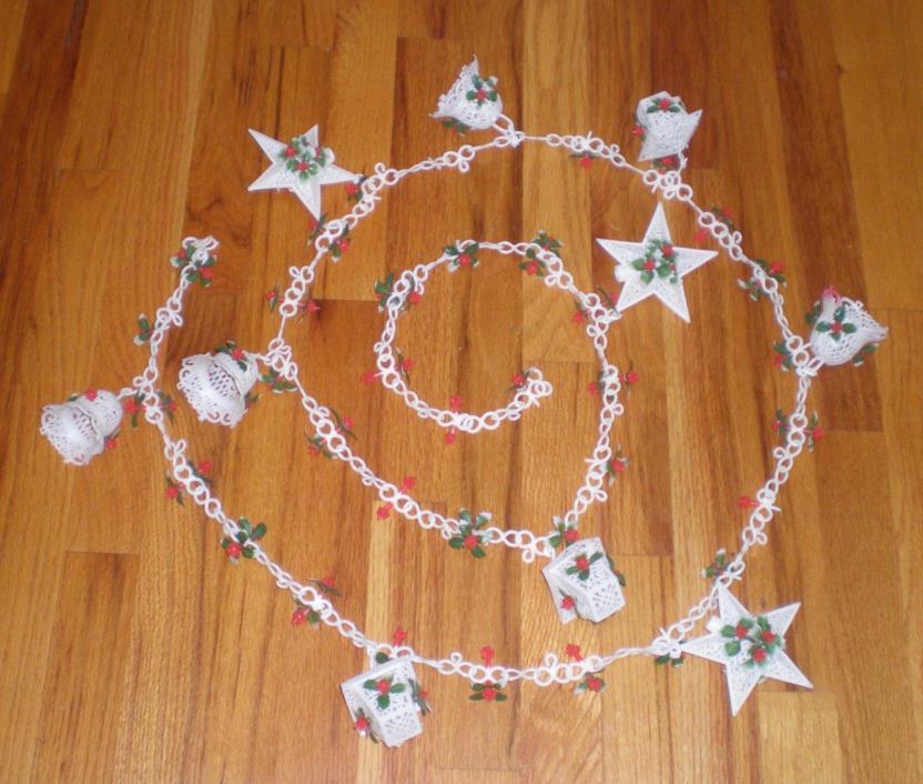 VTG 60s Plastic 8 Foot Christmas Garland White Chain Stars Bells Lanterns Holly