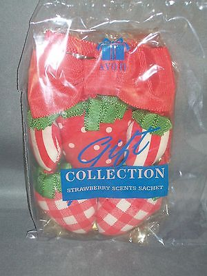 Vintage AVON Gift Collection Strawberry Scents Sachet - Red Fabric - NIP