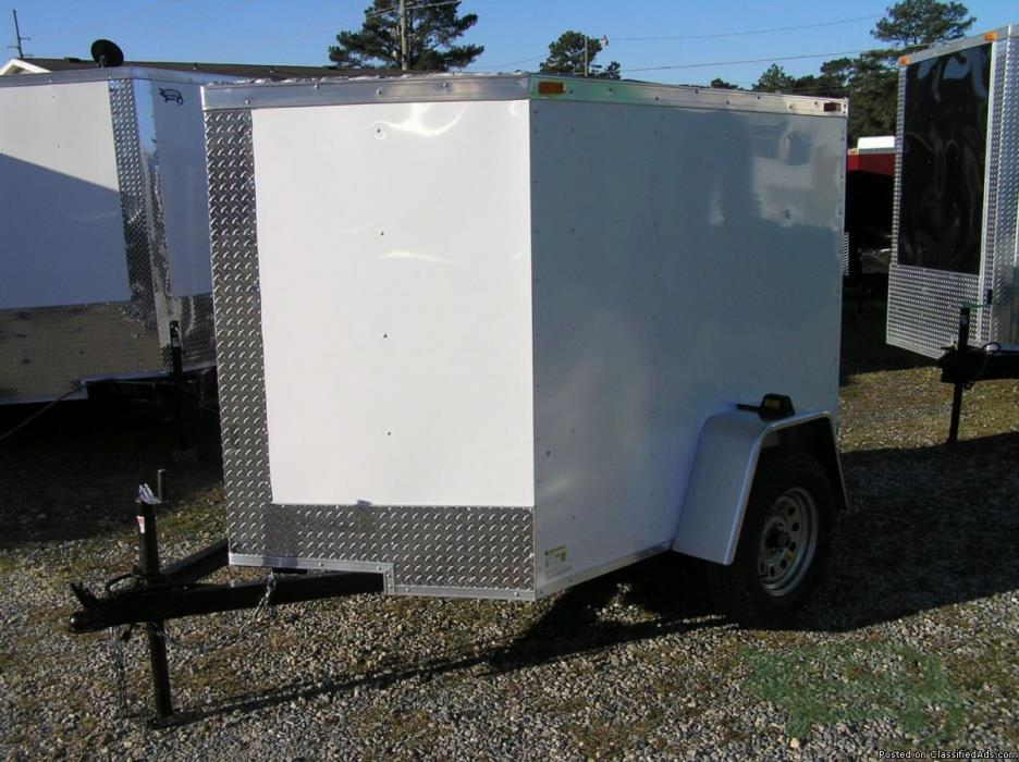 NEW 5 x6 ft White EXTERIOR ENCLOSED Trailer w/2990 Axle & No Side!