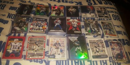 Tom Brady 155 card lot! base, inserts, numbered! Some dupes.