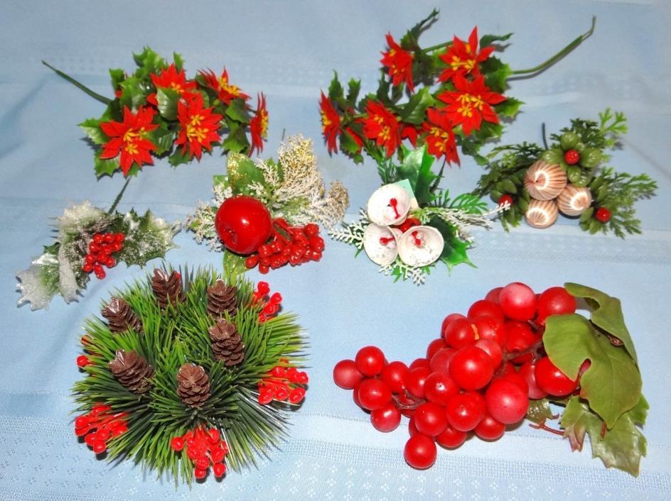 Vtg Plastic Christmas Flower Picks Poinsettia Bells Candle Ring Red Grapes Lot