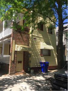 Rooms for rent pet friendly downtown Charleston $700 (Downtown charleston)