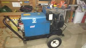 Miller AEAD200LE welder generator (Newport)