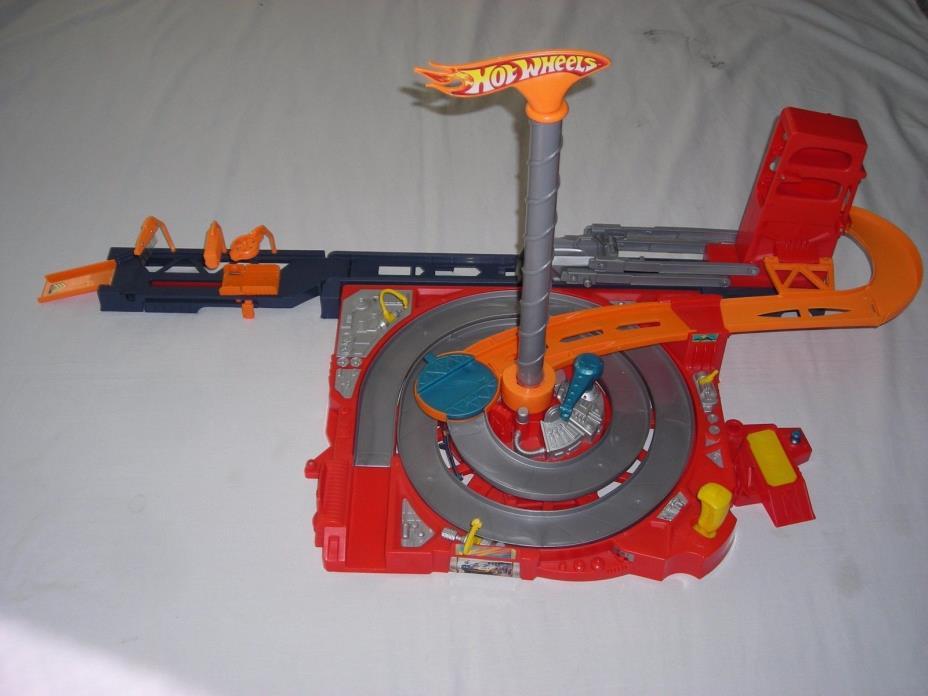 Mattel Hot Wheels Flip n Go