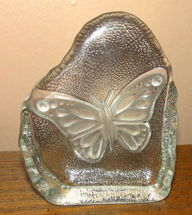 Pressed Reversed Etched Clear Glass Butterfly Paperweight Suncatcher Decoration