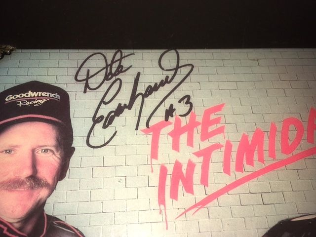 DALE EARNHARDT SR -  AUTOGRAPH - COMMEMORATIVE PLAQUE- CLOCK