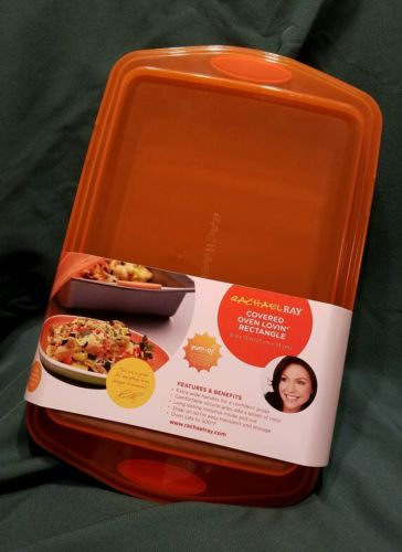 Rachael Ray Nonstick Bakeware 9-Inch by 13-Inch Covered Cake Pan, Gray with Lid