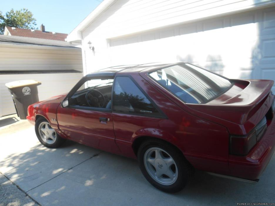 87 red mustang low milesLX, v8, 5spd