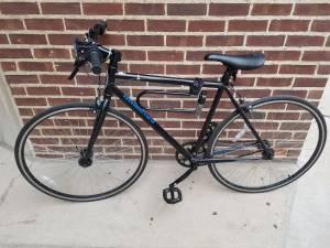Schwinn Gambit Road Bike (graduate hospital)