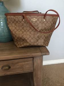 Real Coach Purse (Okc)