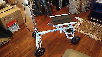 Steerable and Adjustable Knee Walker 4-Wheel Scooter
