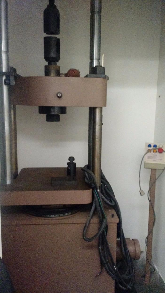 Satec Tensile Test Machine