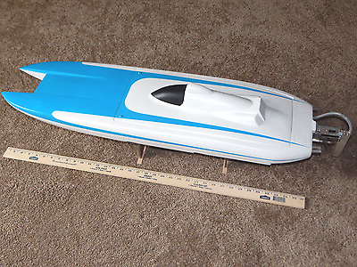RC tunnel hull boat
