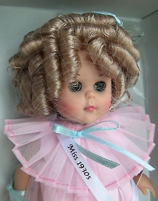 SHIRLEY TEMPLE VOGUE MISS 1930'S GINNY DOLL w/ HAIR BRUSH & BOX