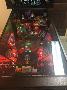 Rob Zombie LE Pinball Like New only 1 of 50 made (GREENVILLE)