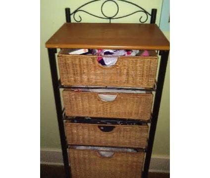 Wicker 5 Drawer storage stand