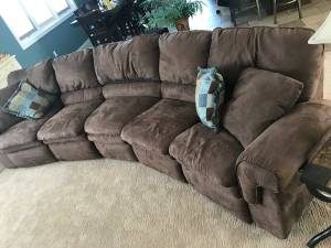 LazyBoy Sectional (Milbank)