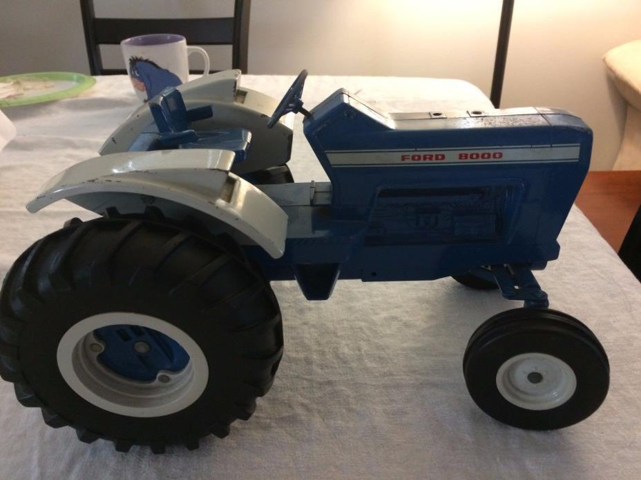 Vintage 1968 Ertl 1/12 Ford 8000 Tractor