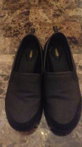 Black non slip work shoes (Louisville)