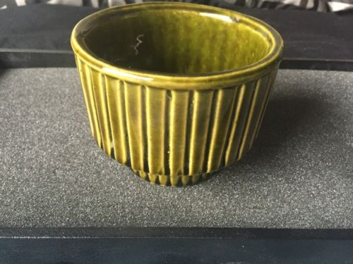 Vintage Ungemach Pottery #610 USA Green Vase Planter