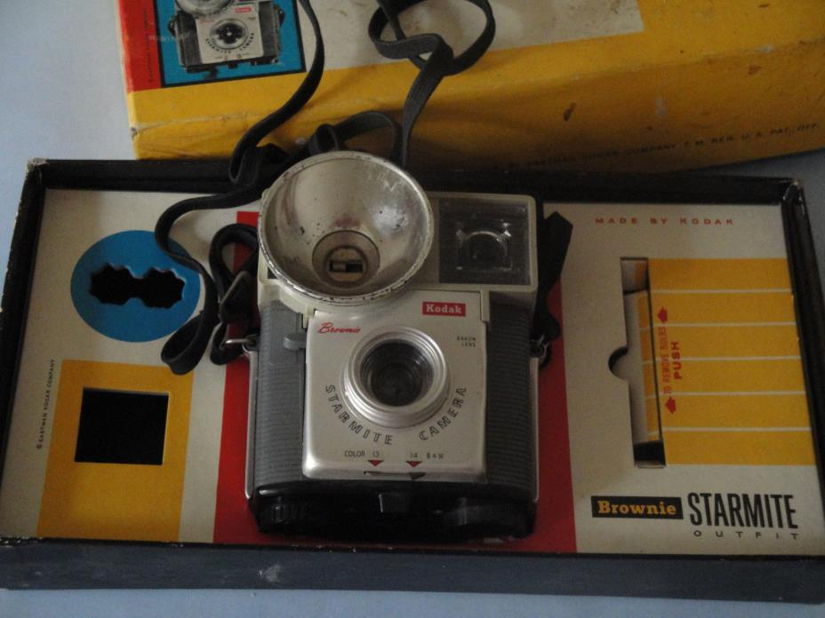 Vintage Brownie Starmite Camera in Original Box