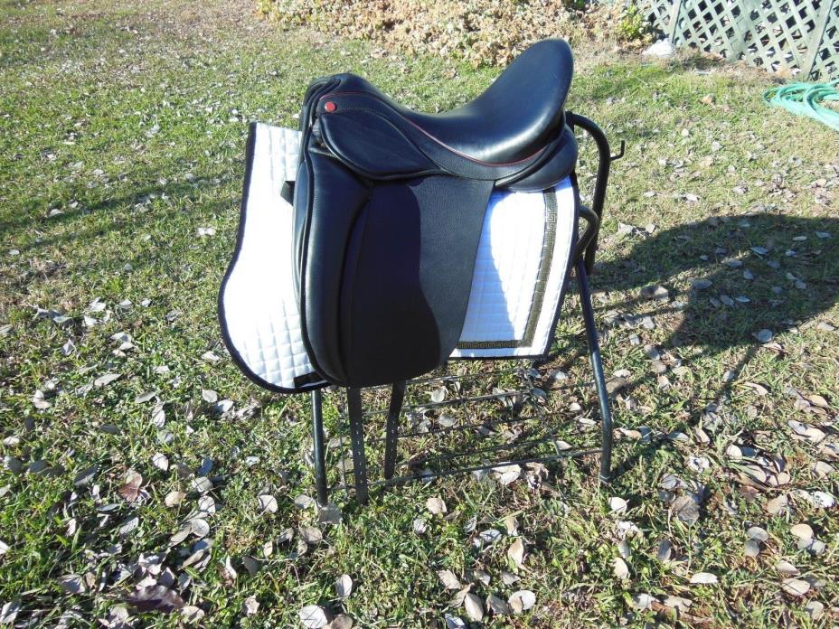 Lemke SDL Magic dressage saddle