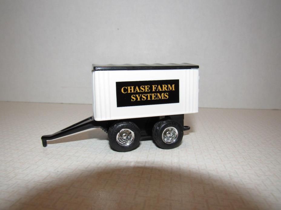 1/64 Ertl Farm Toy CHASE FARMS PUP WAGON