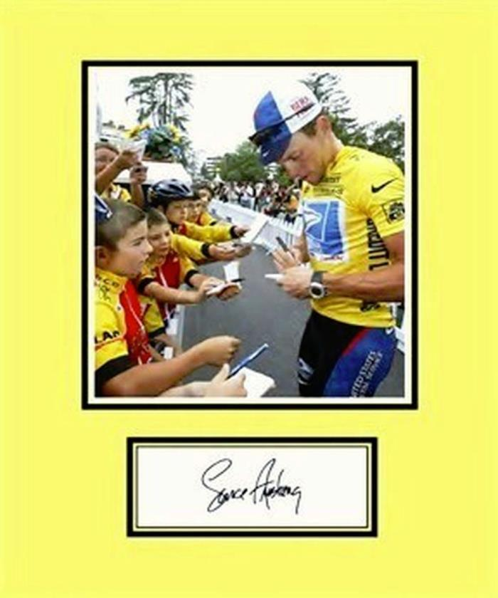 LANCE ARMSTRONG REPLICA  SIGNED PHOTO DISPLAY