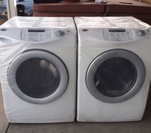 maytag Neptune washer & dryer set Excellent Condition !!! No Shipping