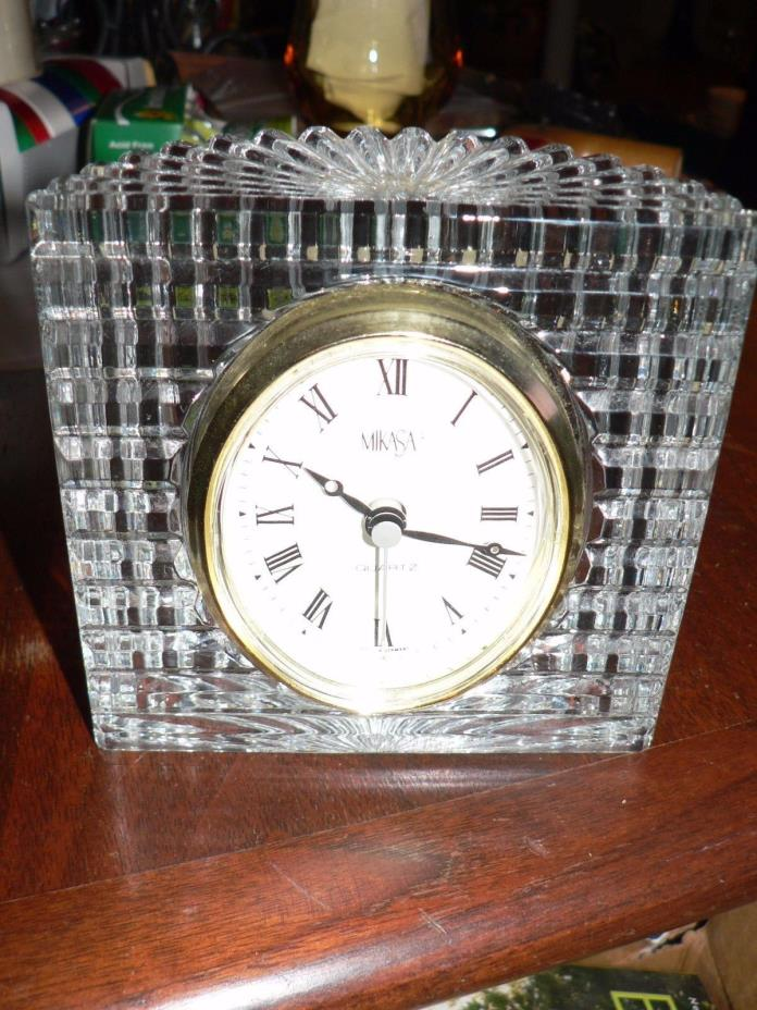 MIKASA TABLE CRYSTAL CLOCK