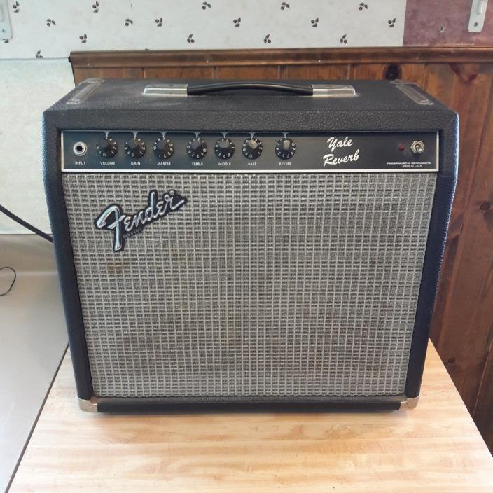1980's Fender Yale Reverb Amp in Good Working Condition