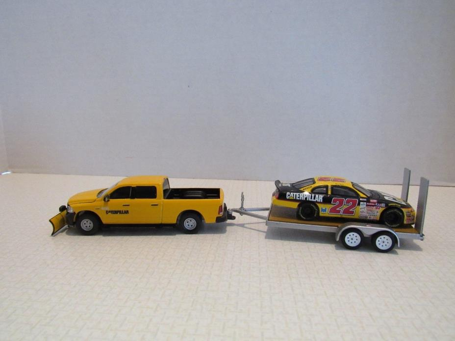 1/64 Ertl Farm Toy CUSTOM CATERPILLAR DODGE TRUCK AND GREENLIGHT TRAILER
