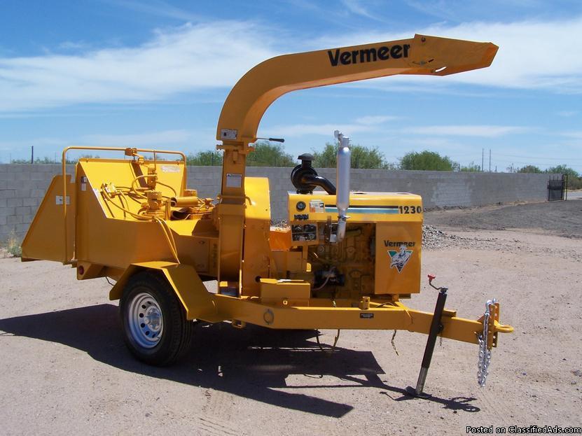 Vermeer BC 1230 Diesel Chipper
