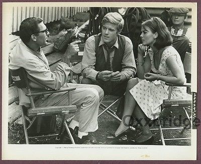 Natalie Wood, Robert Redford Charles Bronson & Sydney Polllack 1966 Candid Photo