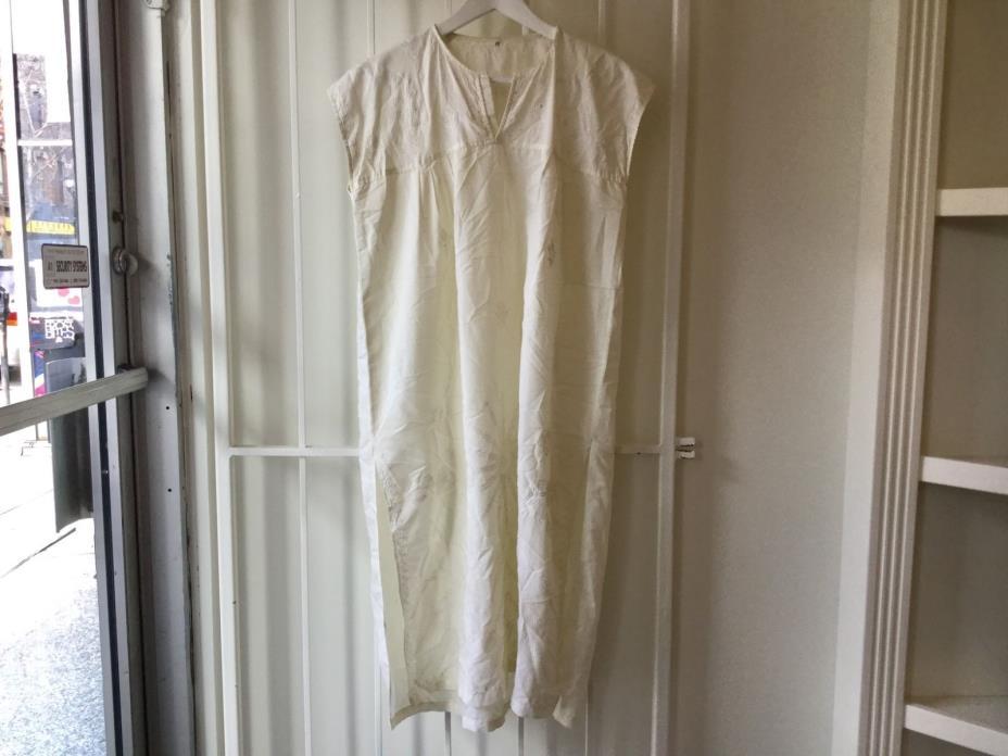 Vintage 1950s white night gown embroidered dress cotton nightie sleeveless M