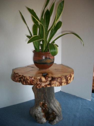 Rustic Burl Wood Bedroom Furniture: For Sale Classifieds