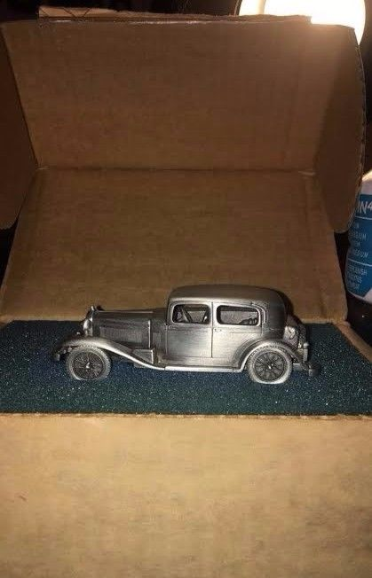 1932 ALFA ROMEO Danbury Mint Pewter Car (original box)