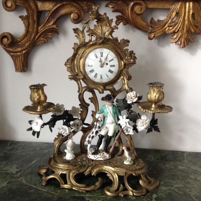 Pendule with rare Meissen figure Cris de Paris and 2 chicken
