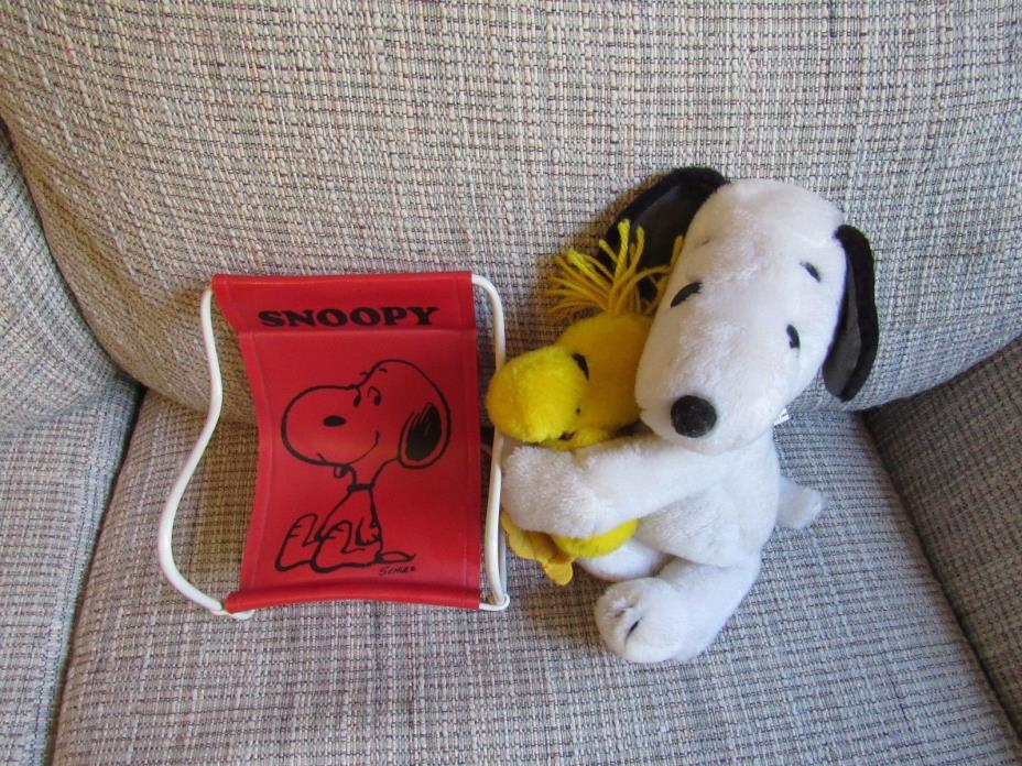 Vintage Snoopy Woodstock Red Chair