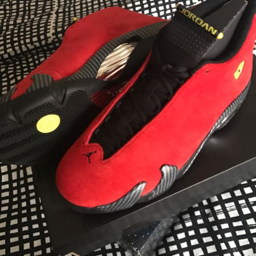 AIR JORDAN 14 RETRO FERRARI Size 11.5