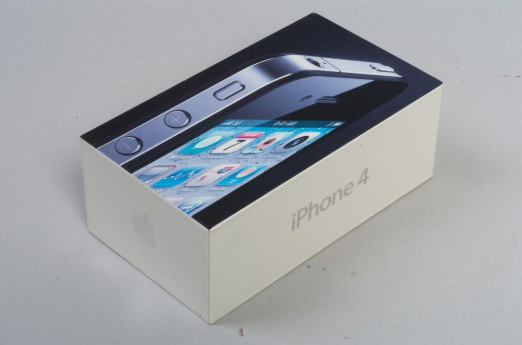 Apple iphone 4 White Box ONLY (no phone)