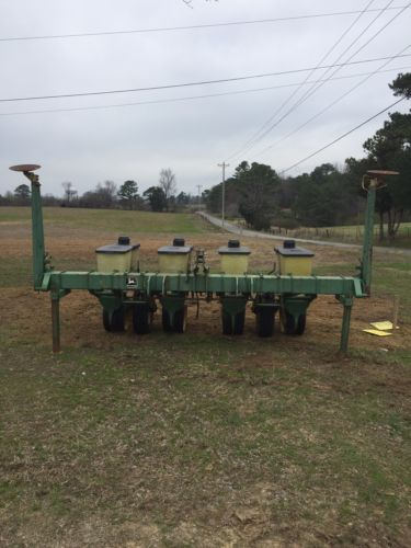 John Deere 4 Row Planter