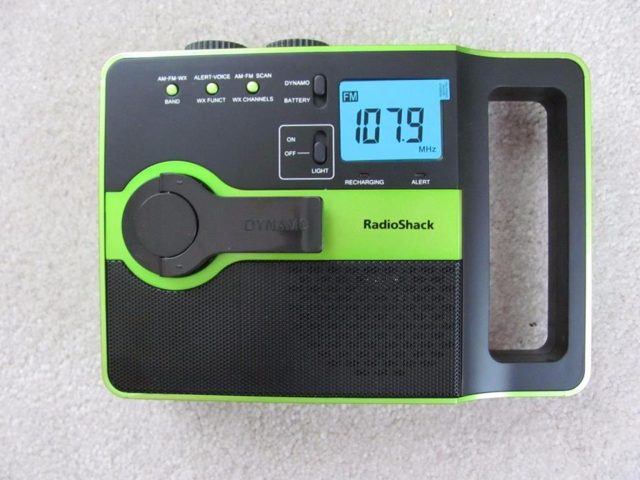 RadioShack Emergency Crank or Battery Radio +EXTRA BATTERY-AM/FM/Weather Band
