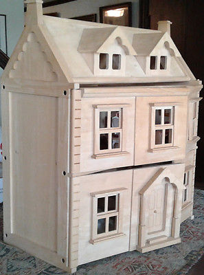 Dollhouse with furniture...