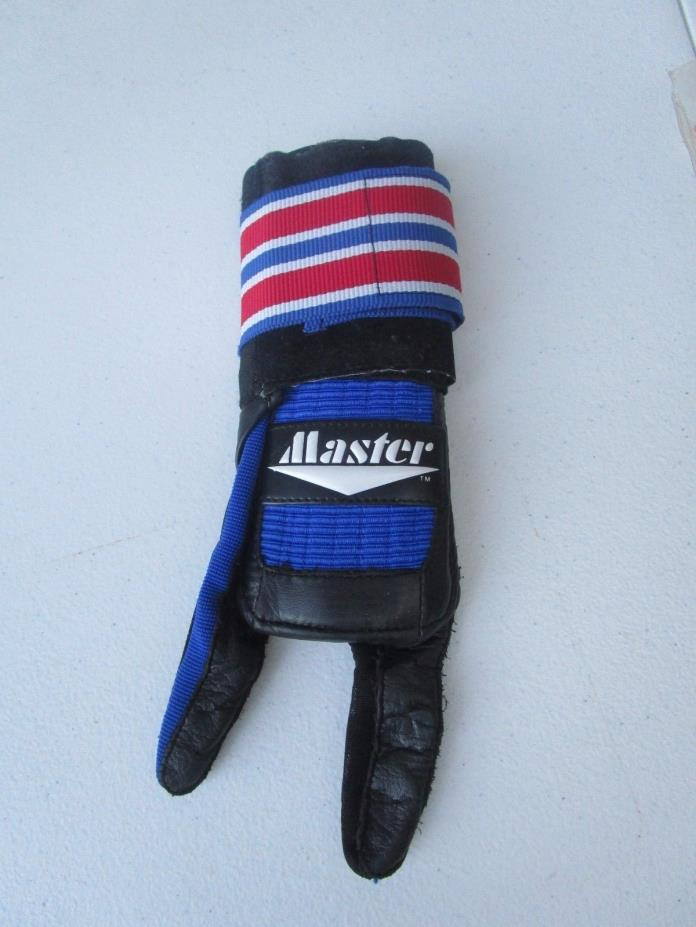 Master Deluxe Right Handed Bowling Glove