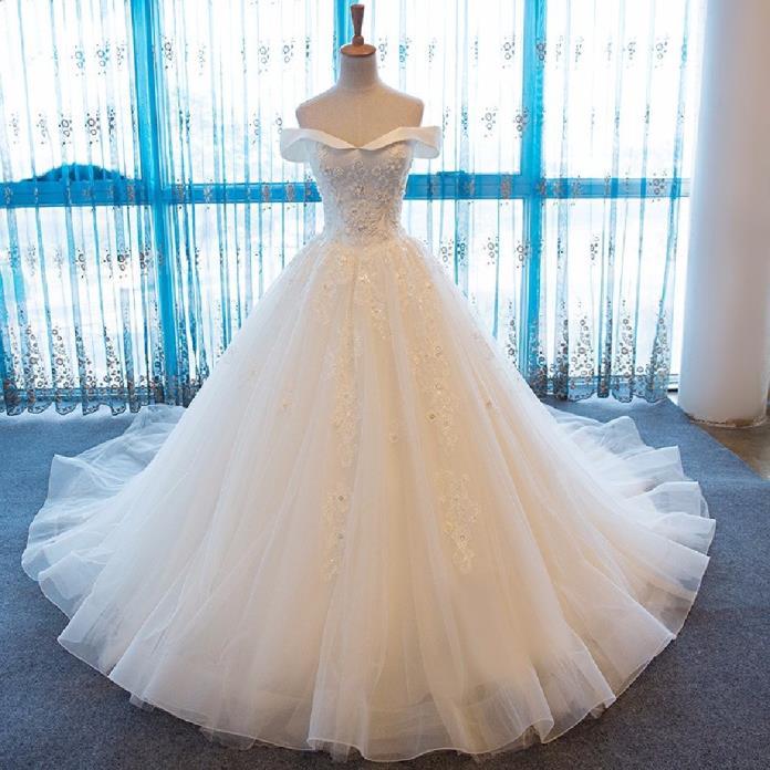 Mandy's Lovely A Line Lace Wedding Dress