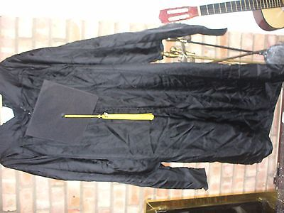 MS black graduation gown, hat, tussle. Sz 5.10-6 ft by Element collection,