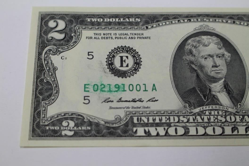 Uncirculated Two Dollar Bill with ink smear $ 2 ERROR NOTE